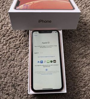 iPhone XR for Sale in Southfield, MI