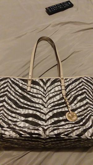 Michael kors zebra print tote bag for Sale in Manchester, PA