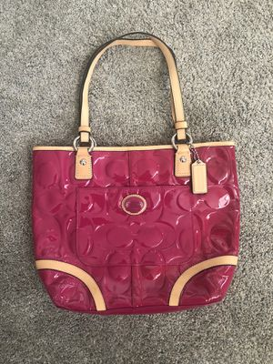 Authentic Fuchsia Coach Purse for Sale in New Albany, OH
