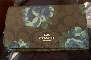 Coach wristlet for Sale in Columbia, MD