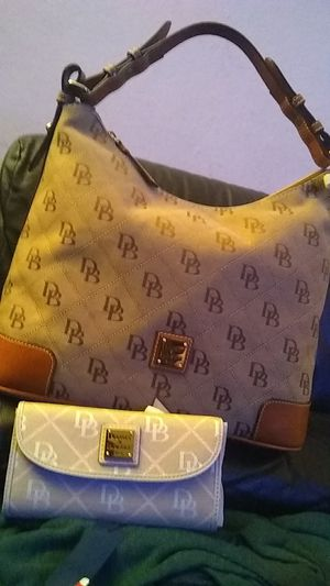 Dooney& Bourke purse and wallet for Sale in Pittsburg, CA