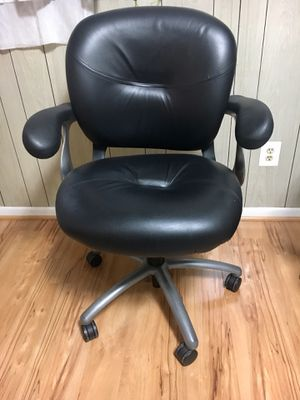 Office chair for Sale in Fairfax, VA