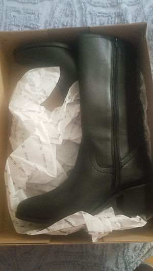 Boots for women for Sale in Wenatchee, WA