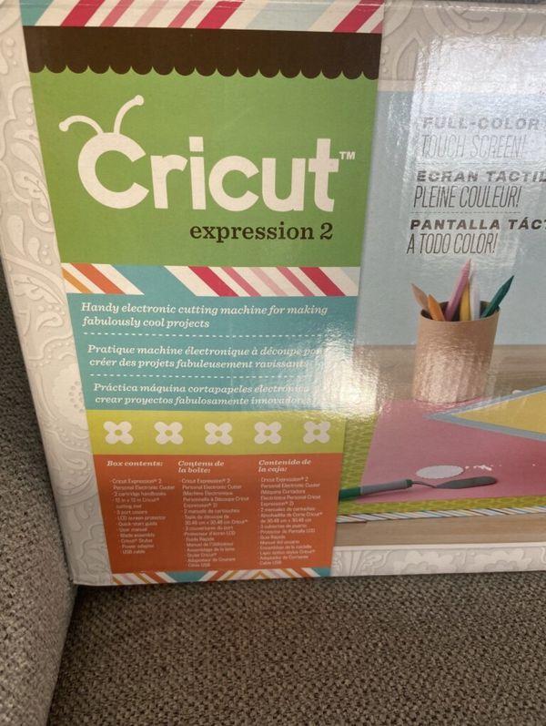 Cricut Vinyl cutter