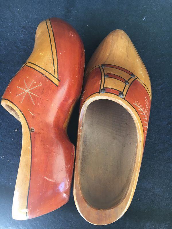 Men's Dutch Wooden Shoes - Large