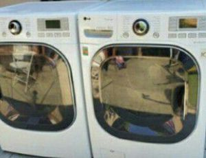 LG Washer and Dryer Gas Steamer, They Are Sensor, Front Load, Very Good Condition for Sale in Walnut, CA