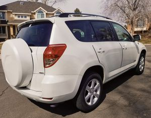 Automatic transmission 2006 Toyota Rav4 Runs perfectly for Sale in Detroit, MI