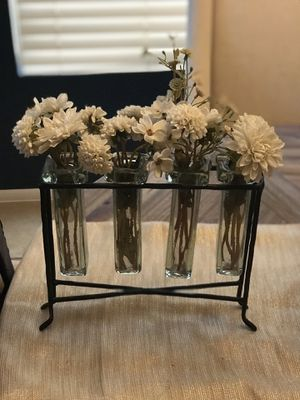 Home Decor. 4 glass and metal vase stand with flowers. for Sale in Phoenix, AZ