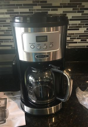 Bella coffee maker for Sale in Kissimmee, FL
