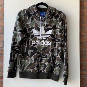 Adidas Camo Hoodie (Men's Small) for Sale in Cranberry Township, PA