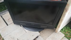 Emerson 32 inch lcd tv for Sale in Nederland, TX