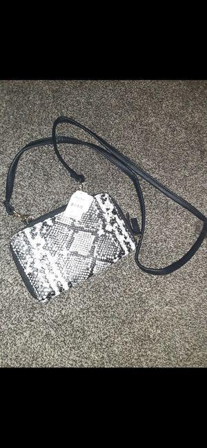 Shoulder bag for Sale in Batesburg-Leesville, SC