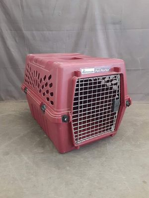 Medium-large sized dog kennel in very good condition $39 for Sale in ID, US