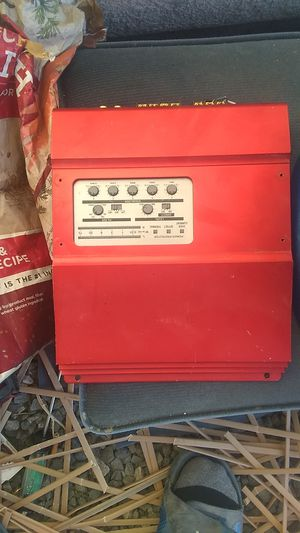 Bass electric box for Sale in San Bernardino, CA