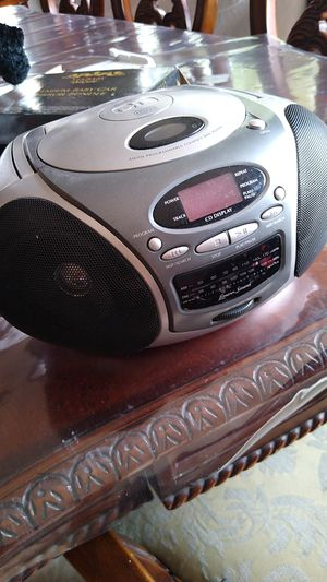 CD player / radio. 20$$$ for Sale in Las Vegas, NV