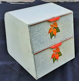 Art Deco anthurium metal breadbox by Decoware red and white kitchenware for Sale in Saginaw, MI