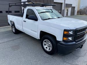2015 Chevy Silverado V6 /4.3 / 83.000 One owner/clean car fax for Sale in Darnestown, MD