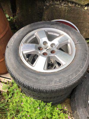 2011 Honda Pilot (1 245/65R17 ) Alum Wheel & Tire ! for Sale in Damascus, OR