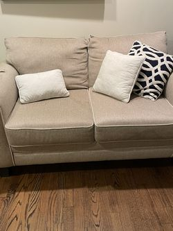 Loveseat For Sale! for Sale in Chicago,  IL