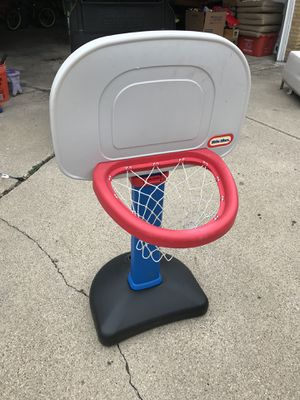 Basketball hoop for Sale in Niles, IL