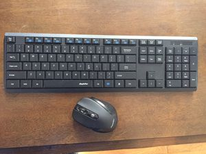 Eagle Tech Wireless USB Keyboard W/ Portable Mouse for Sale in Valley View, OH
