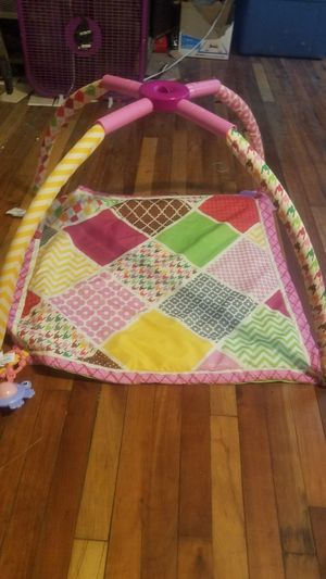 Baby toy mat for Sale in Summersville, WV