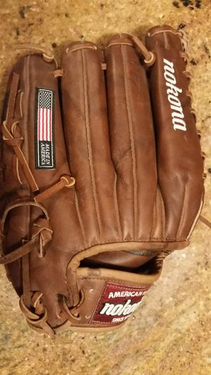 New Nokona Baseball glove for Sale in Butler, PA