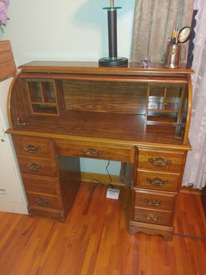 Roll top desk for Sale in Jefferson City, MO