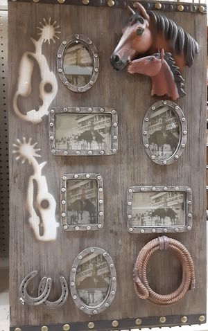 Picture frame for Sale in Dallas, TX