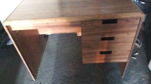 Desk 3ft wide or filing cabinet for Sale in Suitland, MD