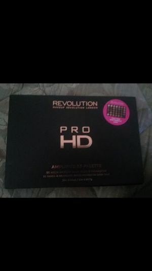 Makeup revolution pallete for Sale in Stockton, CA