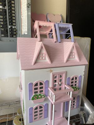Doll house for Sale in La Vergne, TN