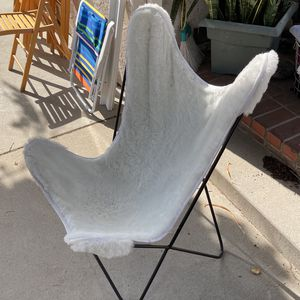 Rod Iron Comfy Chair for Sale in Los Angeles, CA