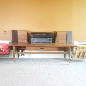 Vintage Stereo Receiver, Turntable & Speakers for Sale in Brownstown Charter Township, MI
