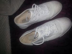 Like new UGGS AUSTRALIA SHOES SIZE 10 for Sale in Glen Burnie, MD