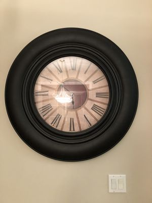 Beautiful Large clock for Sale in Bartlett, IL