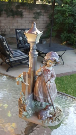 Lladro sweeping girl with cat for Sale in Pomona, CA