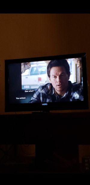 32 inch Vizio Flat Tv with Amazon Firestick for Sale in Herndon, VA