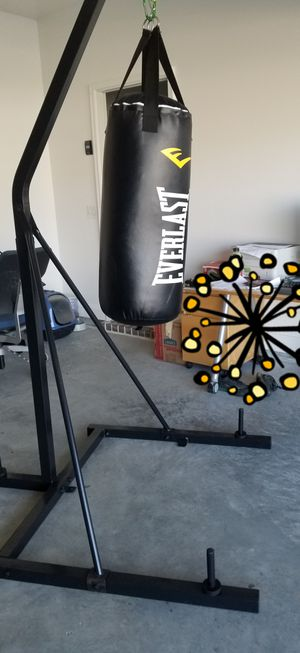 New Punching bag and stand for Sale in PORT WENTWRTH, GA