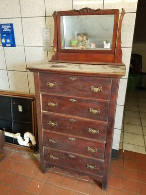 Antique 5 drawer chest with mirror vintage for Sale in Grandfield, OK