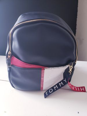 Tommy Hilfiger backpack for Sale in Los Angeles, CA