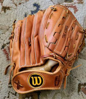 Vintage Wilson baseball glove for Sale in Fresno, CA