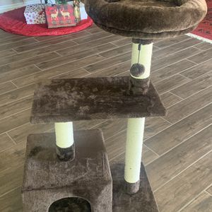 Cat Tree And Condo Brown for Sale in Gilbert, AZ