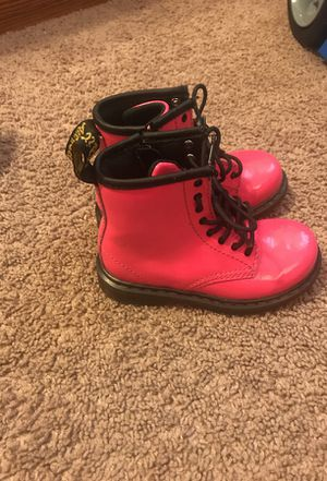 Toddler girl boots size 8c for Sale in Richmond, VA