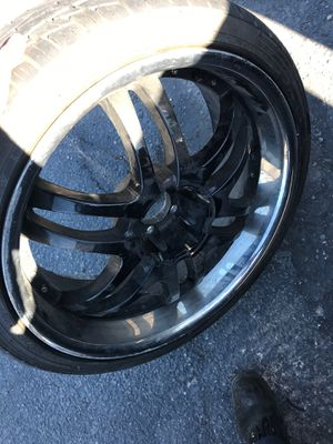 2006 Dodge Charger rims with tire for Sale in South Salt Lake, UT