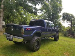 "Ford f-350 Diesel automatic lifted 6"" for Sale in Sudley Springs, VA"