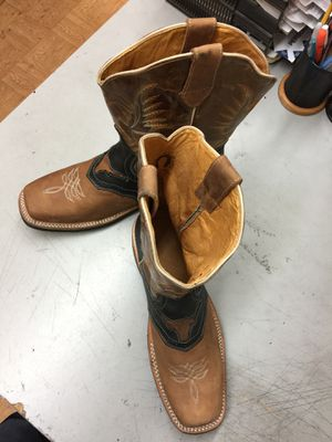 Genuine cowhide leather men boots size us9 for Sale in Long Beach, CA
