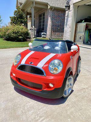 Avigo kid trax Mini Cooper double seated car for Sale in Forney, TX