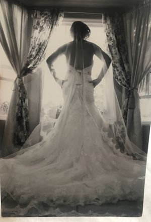 Wedding gown for Sale in Tustin, CA