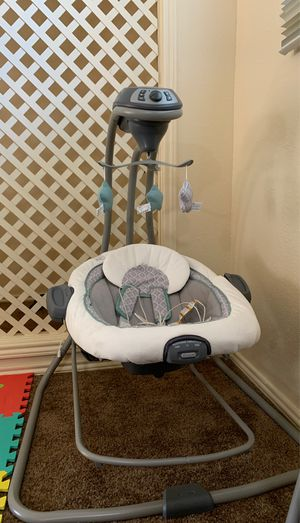Graco baby swing for Sale in Lancaster, TX